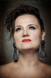 Benefiční koncert Sylvie BEE na podporu centra Věřím v život